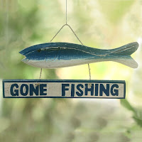 https://www.ceramicwalldecor.com/p/gone-fishing-wood-sign-wall-decor.html