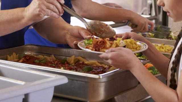 Ήπειρος: Γεύματα για τους μαθητές 46 σχολείων στην Ήπειρο