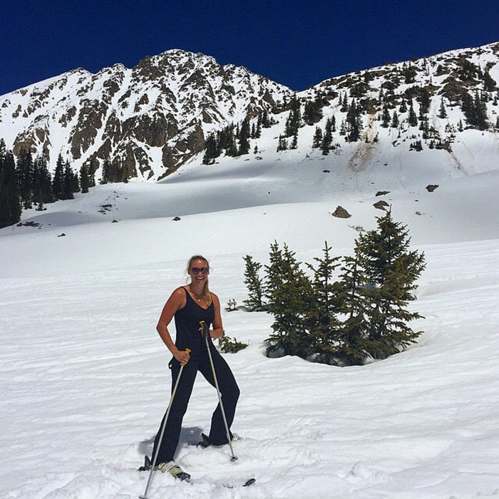 27-Year-Old Woman To Become First Female Ever To Visit Every Country On Earth - And skiing in the mountains of Colorado