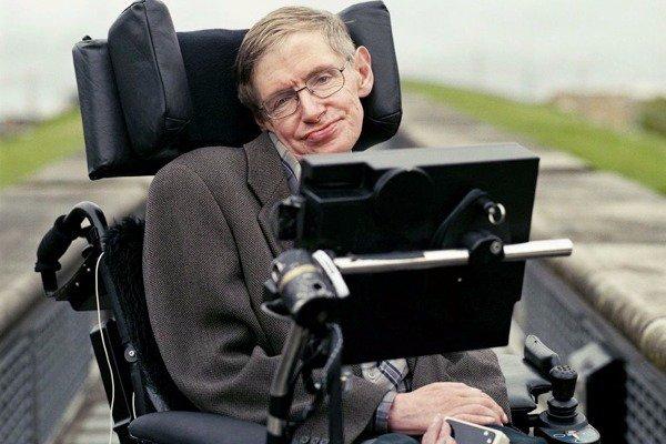 Προειδοποιεί ο Stephen Hawking: Αν βρούμε εξωγηίνους, ίσως να έρθει και το τέλος μας