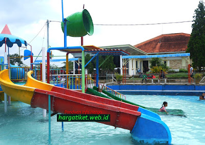 Wisata Air Prasasti Gondang Mojokerto