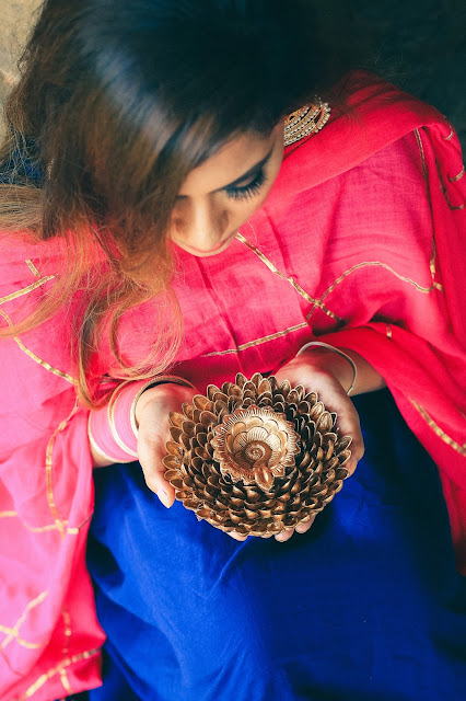 diwali 2017, DIY diwali, DIY diwali decor, how to make diya, how to make diwali dias, how to decorate diyas, easy DIY crafts, indian festive look, beauty , fashion,beauty and fashion,beauty blog, fashion blog , indian beauty blog,indian fashion blog, beauty and fashion blog, indian beauty and fashion blog, indian bloggers, indian beauty bloggers, indian fashion bloggers,indian bloggers online, top 10 indian bloggers, top indian bloggers,top 10 fashion bloggers, indian bloggers on blogspot,home remedies, how to