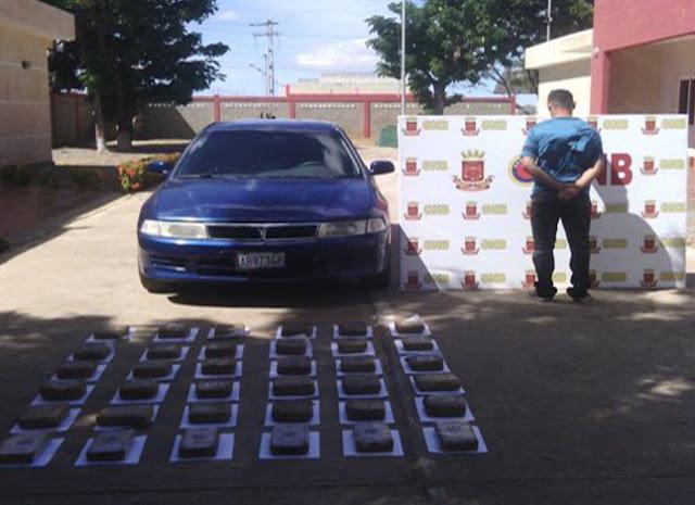 Capturado con 36 panelas de droga en Falcón