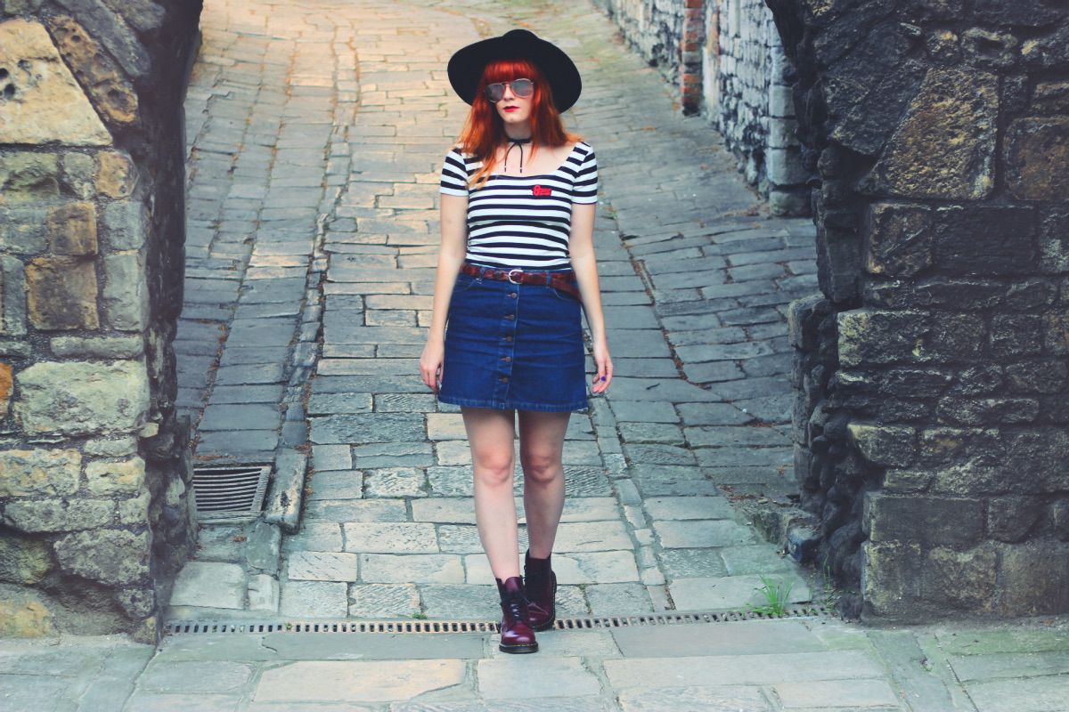 Striped Zara Bowie T-Shirt Fashion Blogger Dr. Martens Boots