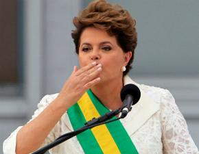 A ex-presidente e ex-terrorista Dilma já começou a fazer sua mudança para Porto Alegre