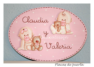 placa de puerta infantil gemelas bebés babydelicatessen