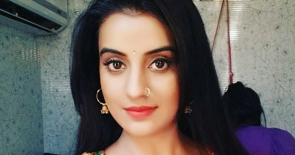 Akshara Singh Biography Height Weight Age Wiki