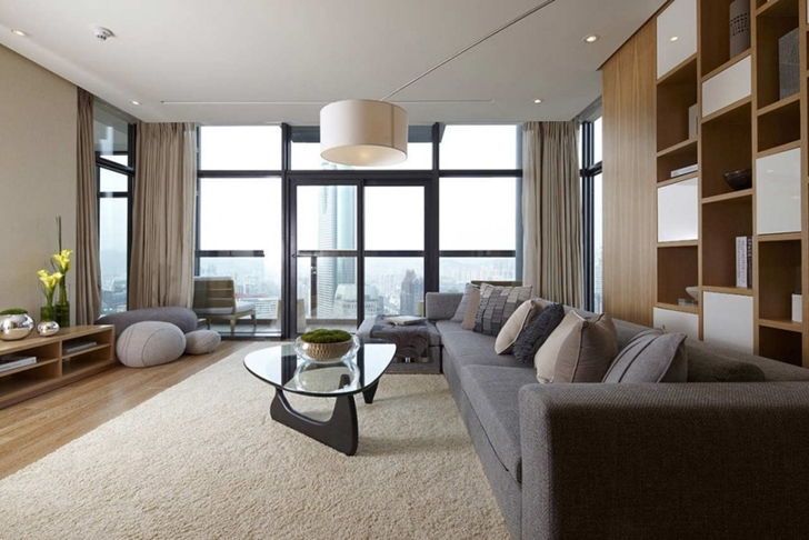 Living room of Modern apartment in Shenzhen by Kokai Studio