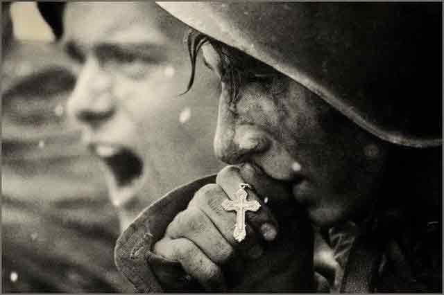 Soviet soldiers at Kursk worldwartwo.filminspector.com