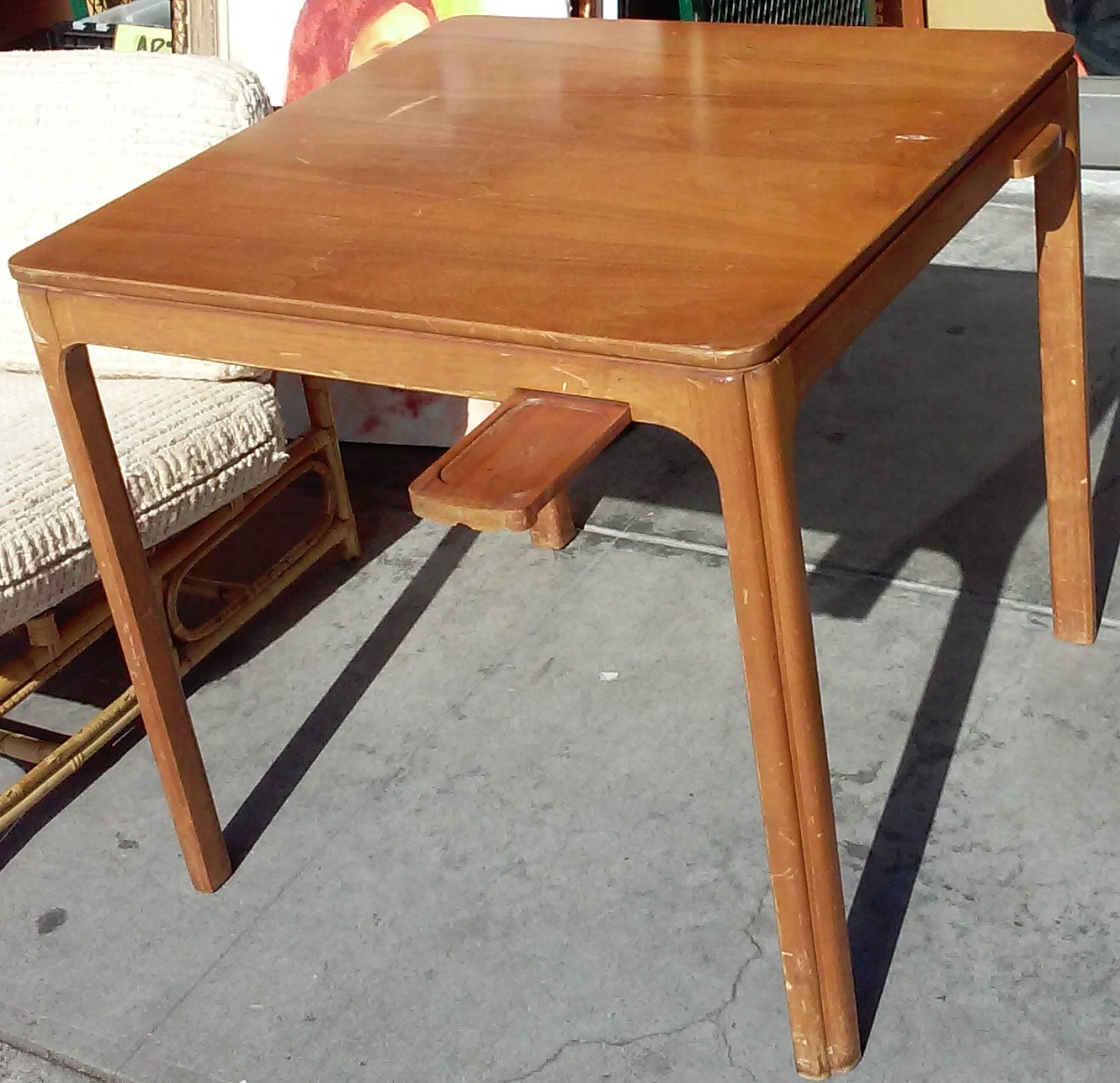 Uhuru Furniture Collectibles Sold 30 Square Mid
