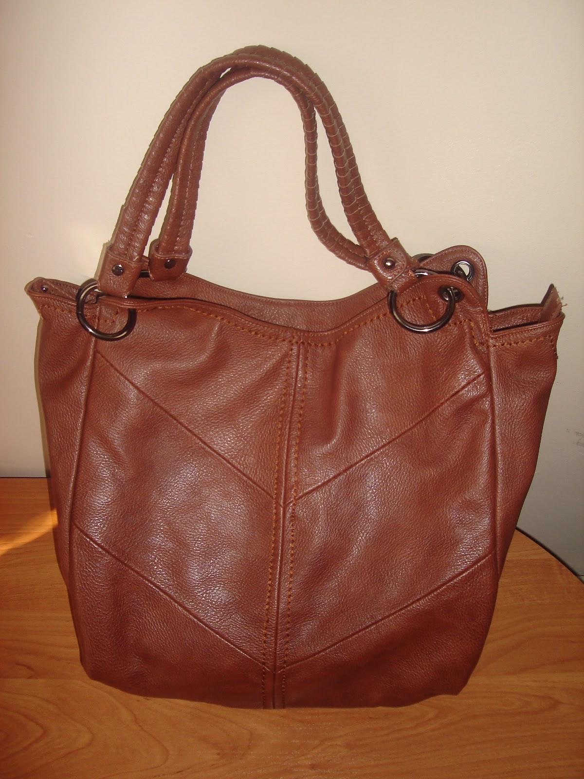 67a664a49a88f Co noszę w swojej torebce? - Beauty Blog by Kizia Mizia