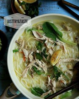Ide Resep Masak Rice Noodle Chicken Soup (Kwetiaw Kuah Ayam Kampung)