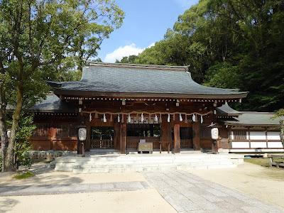 四條畷神社 拝殿