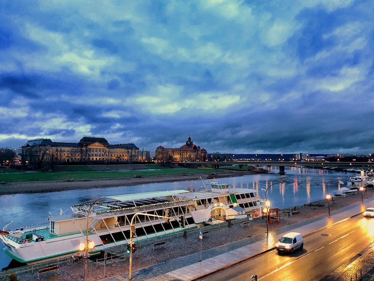 Historyczna Dolina Łaby w Dreźnie. Niewiele osób wie, że znajdowała się na liście światowego dziedzictwa UNESCO, została z niej jednak usunięta a wszystko za sprawą jednego mostu.