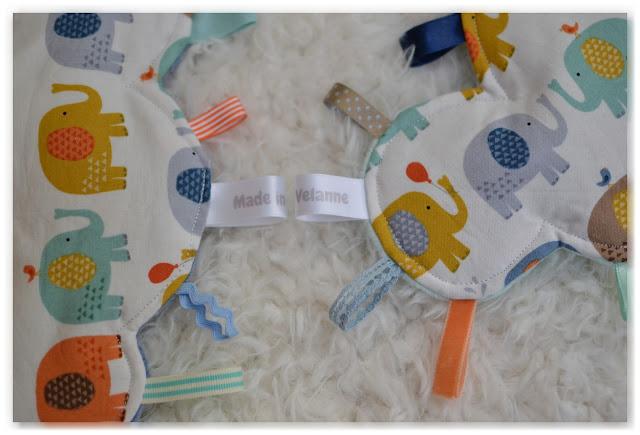 doudous étiquettes nuages made in velanne éléphants multicolores