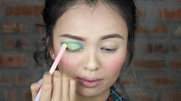 Sparkling Green New Year's Eve make up -Then, use Freak and apply on my inner lid. And then blend, blend, blend.