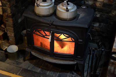 長野県駒ヶ根市 石窯ピザとパスタの店 OZ (オズ)暖炉