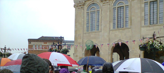Abingdon-on-Thames Bun Throwing