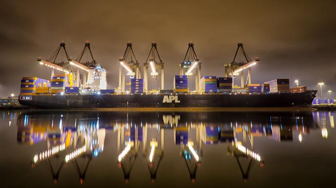 Wallpaper: Cranes and a Ship