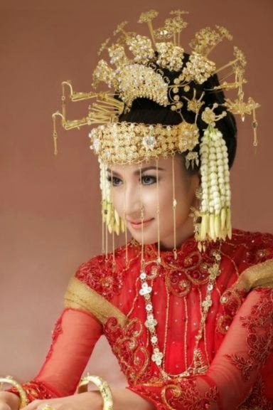 Beautiful Indonesian Bridal Makeup Tips New Photos 2014  Latest World Fashion
