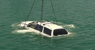 8-cara-melarikan-diri-dari-mobil-yang-akan-tenggelam