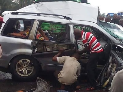 Heartbreaking! How Man and His Pregnant Wife Died Together in Tragic Auto Crash in Umuahia (Graphic Photos)