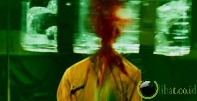 Ice Block Head Smash Saw IV