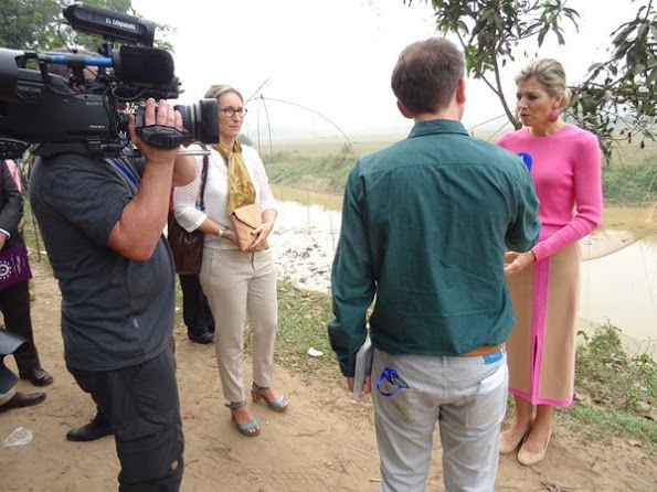 Queen Máxima of The Netherlands visits outside Dhaka the Viyellatex garment factory Viyellatex where she speaks including with the business owners and employees about their experience with loans and other (digital) financial services