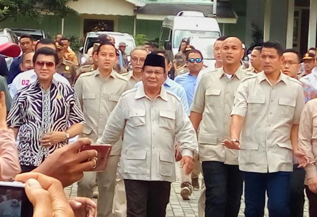 Sebelum Kampanye Akbar, Prabowo Sowan ke Sri Sultan HB X