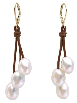 Wendy Mignot's dangling freshwater pearl earrings