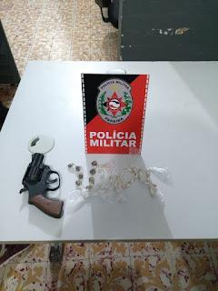 Em Araruna, polícia prende suspeito portando arma de fogo e mais de 30 pedras de crack