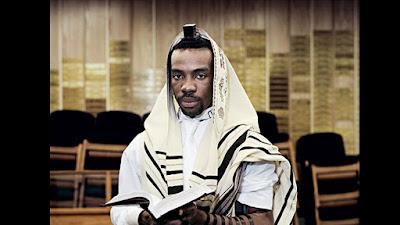 Porque o povo judeu deve receber bem os convertidos