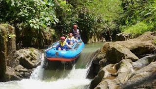 http://www.teluklove.com/2017/01/destinasti-keindahan-wisata-arung-jeram.html