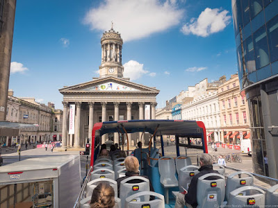 Glasgow City Sightseeing Hop on Hop off bus_by_Laurence Norah-3