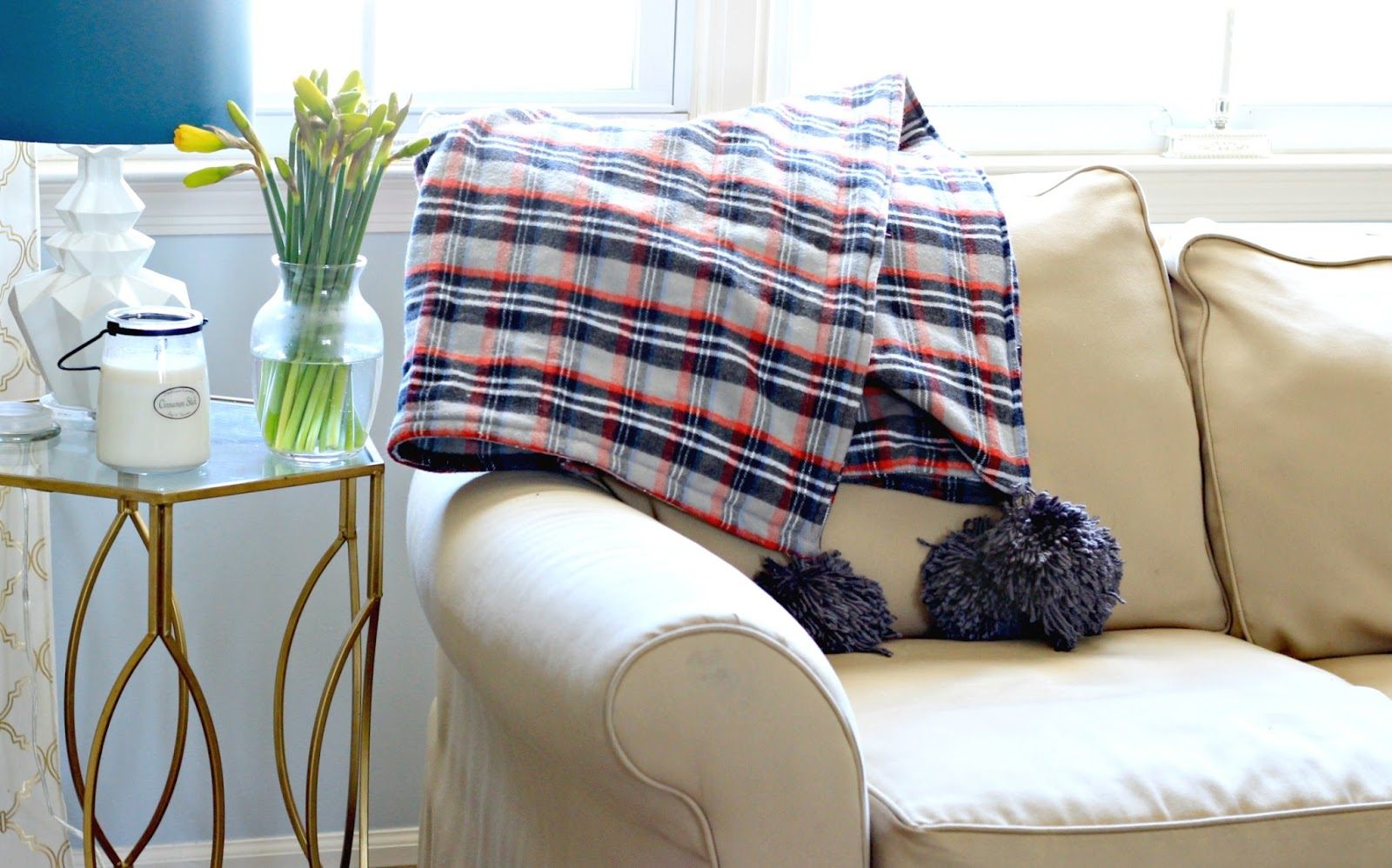 I Recently Fell In Love With A Gray Plaid Flannel And Whipped Up Diy Throw Blanket Weekend