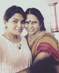 Veda Krishnamurthy , Biography, Profile, Age, Biodata, Family, Husband, Son, Daughter, Father, Mother, Children, Marriage Photos.