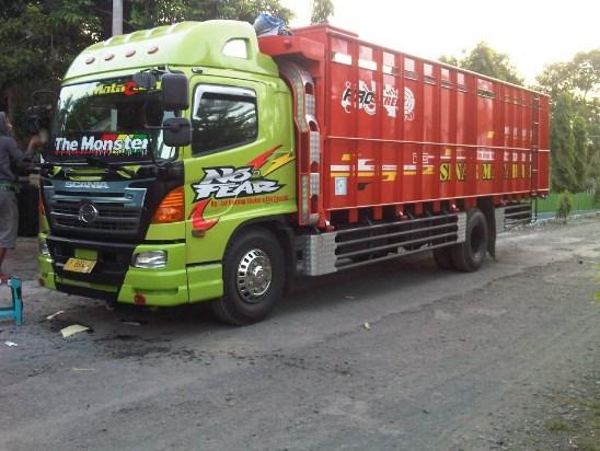 truk hino lohan modifikasi terbaru