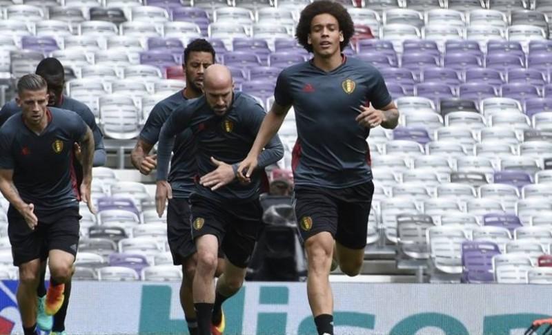 Pemain Belgia berlatih jelang melawan Hungaria di Euro 2016