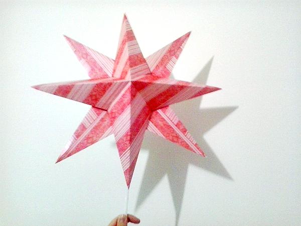 Come Costruire Una Stella Di Natale.Italian Scrapaholic Gal Stella Di Carta Diy Come Puntale Per L