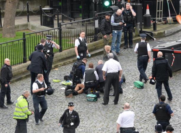 12 arrested london terror attacks
