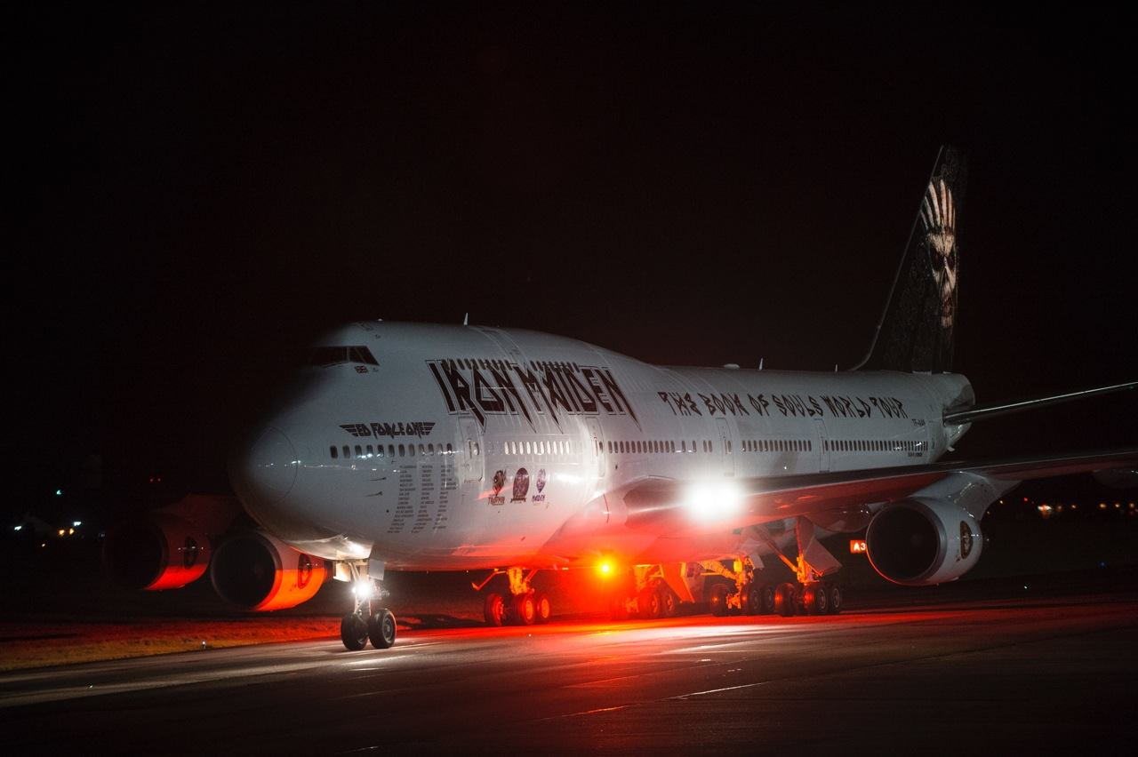 Iron Maiden presents Boeing 747-400 for the Tour 2016 - SEE PICTURES!