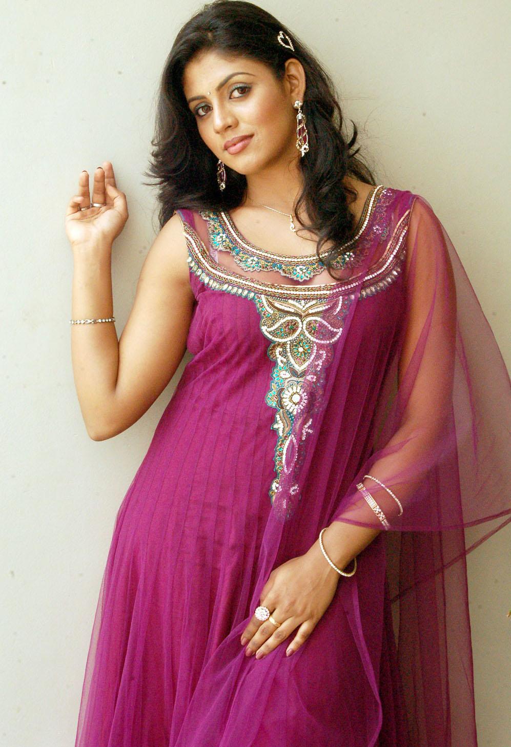 Kollywood Movie Photo Stills Tamil Actress Iniya Hot -8108