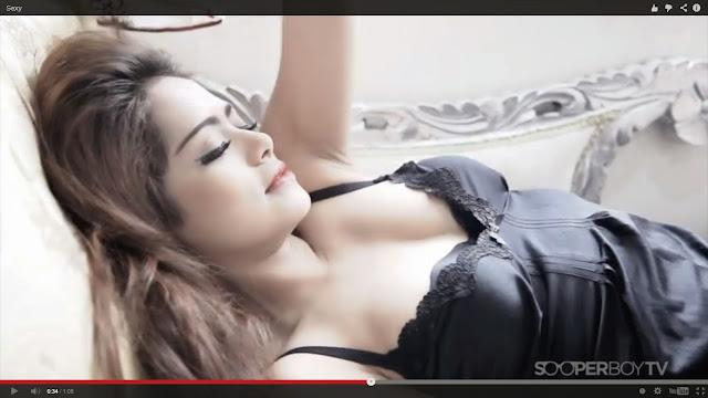 DJ Yasmin bugil sungguh seksi