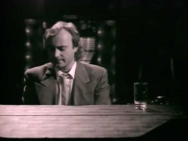 Un Clásico: Phil Collins - One More Night (Video)