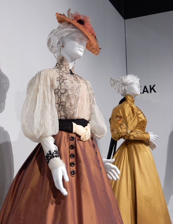 Edith Cushing Crimson Peak costume