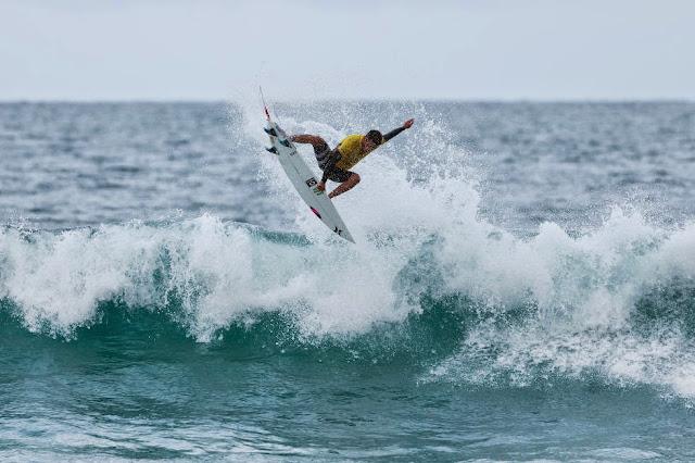 74 Rip Curl Pro Bells Beach Filipe Toledo WSL Kirstin Scholtz