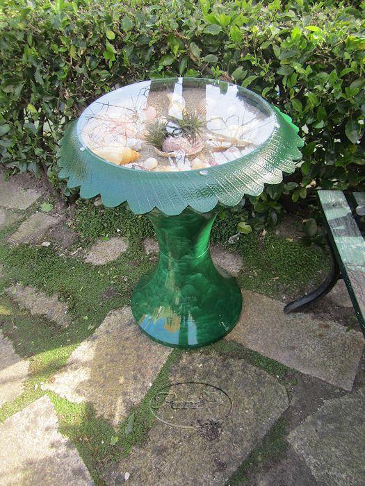 Manualidades puri diaz mesita tu y yo para jardin reciclada for Adornos jardin reciclados