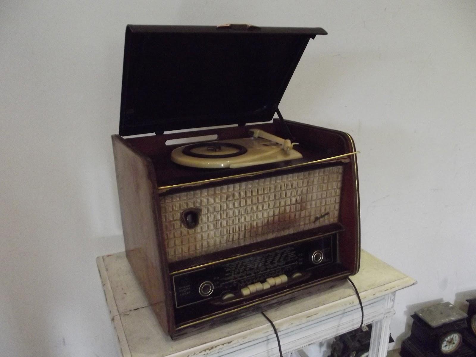 Ancien Poste Radio Tsf Pick Up Schneider Bolero Phono