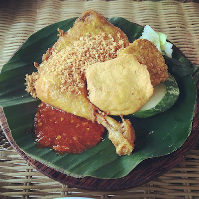 Tempat Makan Best di Miri Sarawak Restoran Ayam Penyet Ria