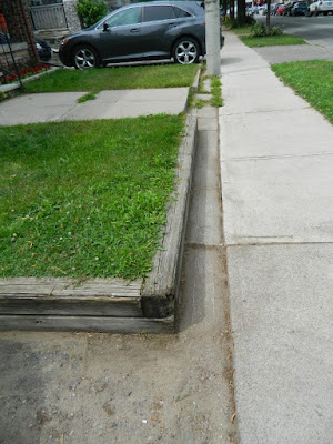 Upper Beaches Toronto front yard cleanup after by Paul Jung Gardening Services
